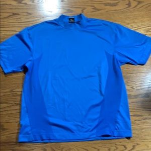 Men's Nike dri fit shirt sleeve t shirt